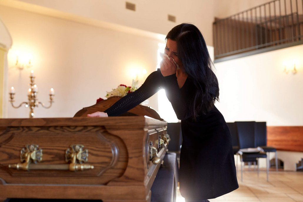 woman mourns the wrongful death of a loved one in Riverview, Florida
