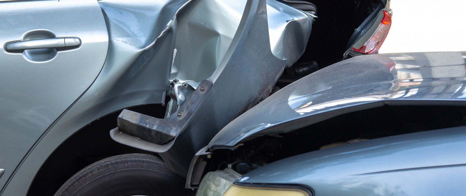 cars are involved in a rear-end collision in riverview