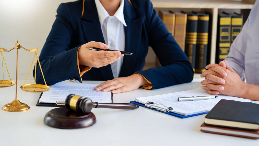 Man consults with a car accident attorney after a multi-car accident in Florida
